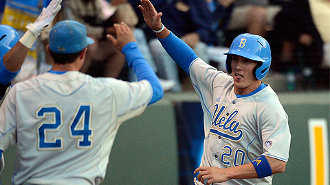 Jeff Gelalich (No. 20 above) played with Beau Amaral at UCLA.